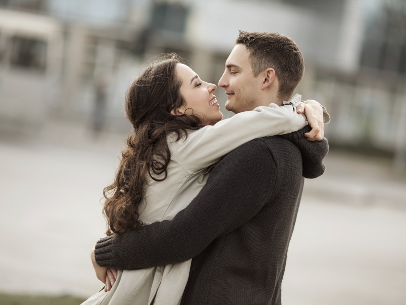 8 Types Of Hugs And Their Meanings