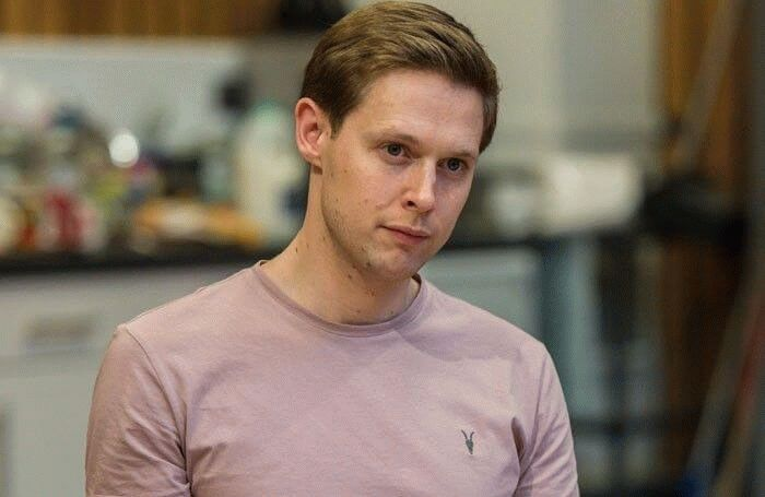 Samuel Barnett, English actor