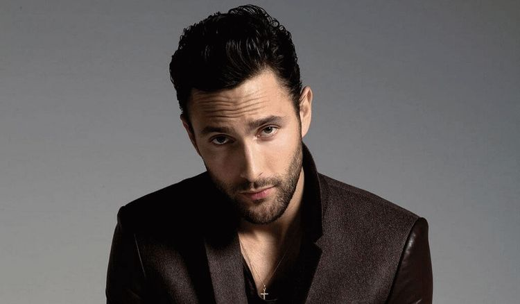 Noah Mills, Canadian-American male model