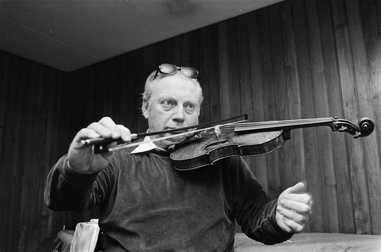 Isaac Stern, American violinist