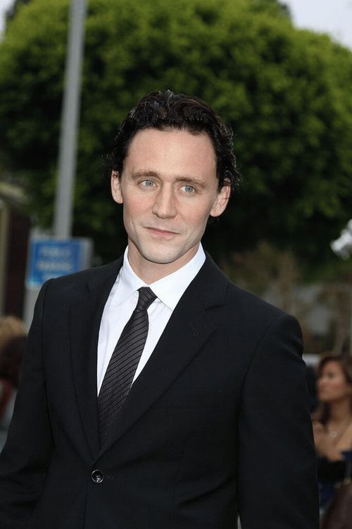 Thomas William  Hiddleston, English actor